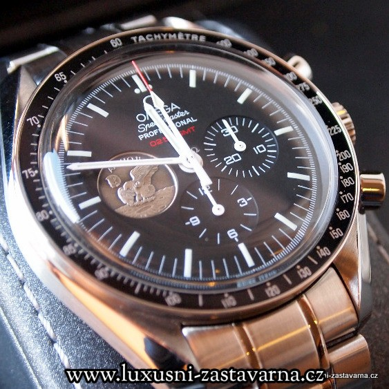 Omega_Speedmaster_Professional_Moonwatch_Apollo_11_40th_Anniversary_Limited_Edition_Watch_01