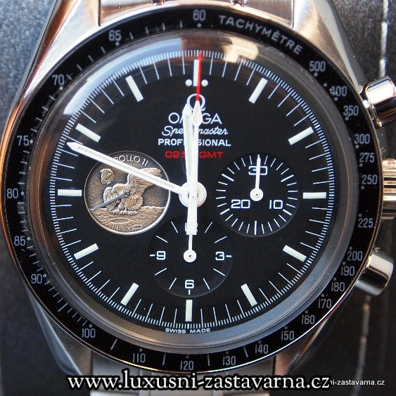 Omega_Speedmaster_Professional_Moonwatch_Apollo_11_40th_Anniversary_Limited_Edition_Watch_02