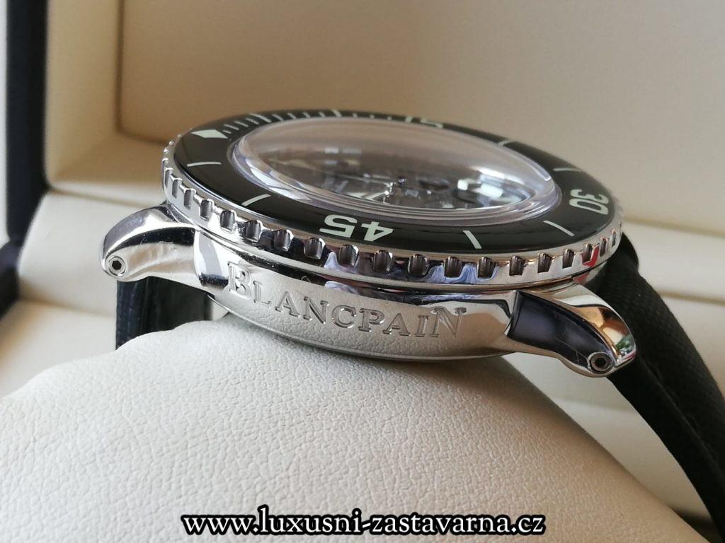 detail korunky prodaných luxusních hodinek Blancpain