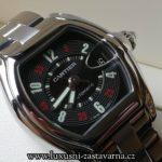 fotografie elegantních hodinek od firmy cartier