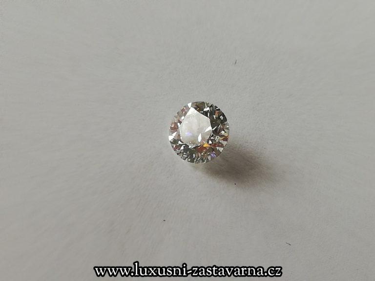 Přírodní_diamant_o_váze_1,012ct_01