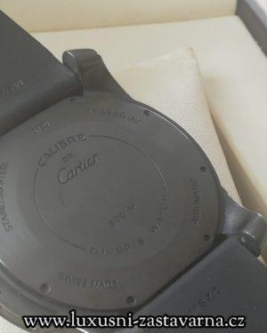 Cartier_Calibre_De_Cartier_Diver_42mm_002