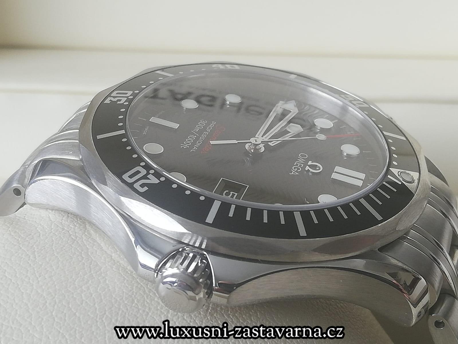 Omega_Seamaster_Diver_300_M_002