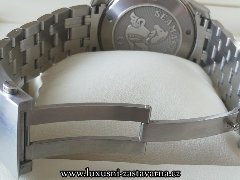Omega_Seamaster_Diver_300_M_Ceramic_41mm_07