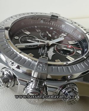 Breitling_Super_Avenger_48mm_002