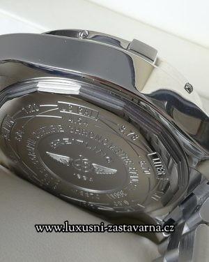Breitling_Super_Avenger_48mm_004