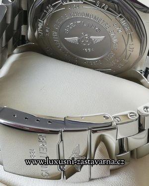 Breitling_Super_Avenger_48mm_007