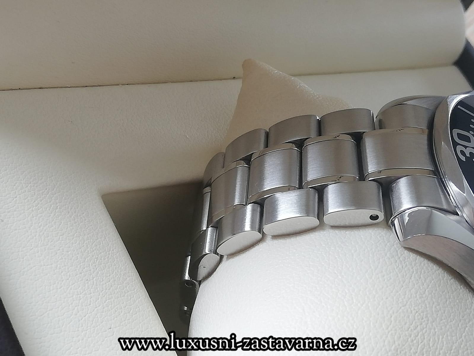 Omega_Seamaster_Professional_300M_41mm_004