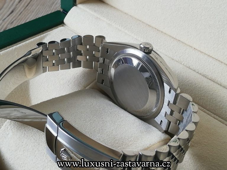 Rolex_Datejust_Blue_Dial_36mm_13